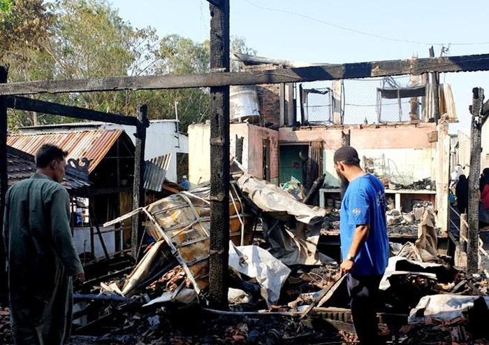 Photo of An Giang: Hàng loạt nhà sàn của người Chăm bị cháy giữa đêm