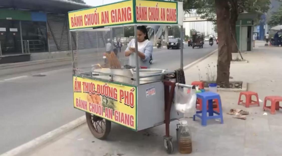 Photo of Bánh chuối An Giang hấp dẫn trên đường phố Hà Nội