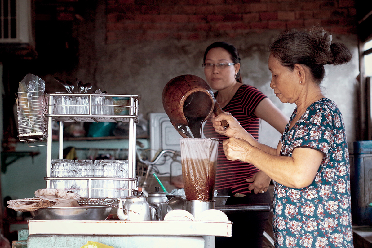 Photo of Quán cà phê vợt hơn nửa thế kỷ ở An Giang
