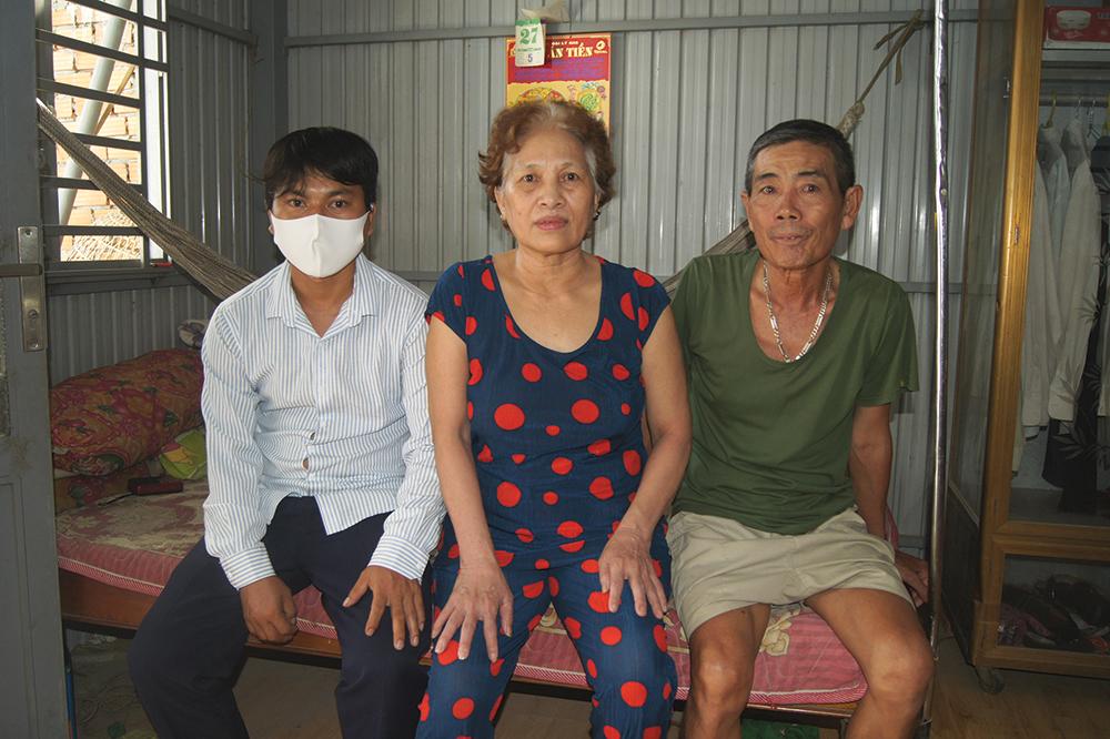 Photo of Cảnh bệnh tật của cả gia đình