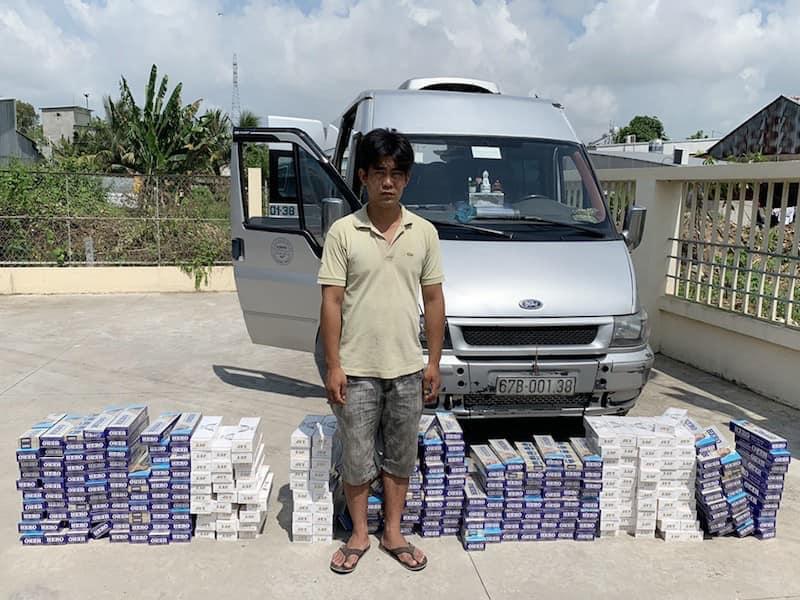 Photo of An Giang tài xế xe khách tự chế hầm bí mật trên xe giấu, vận chuyển 3.000 bao thuốc lá ngoại nhập lậu nhằm qua mặt lực lượng chức năng